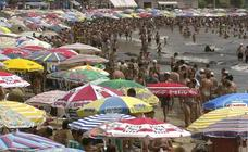 Rescatan a un bañista con síntomas de ahogamiento en una playa de Torrevieja