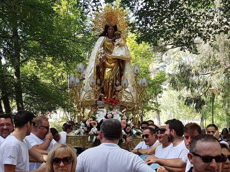 Visita de la Virgen de los Desamparados a Llíria