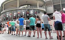 El centenario del Valencia CF dispara los abonos de Mestalla