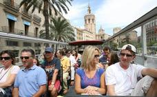 Los hosteleros valencianos exigen una condena «firme» por el ataque de Arran al bus turístico