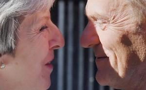 La UE alimenta la idea de la permanencia en pleno tsunami británico
