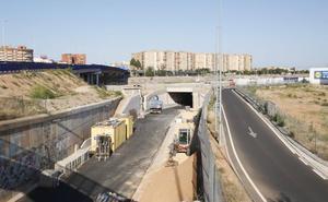 El paso inferior de la V-30 se abrirá el próximo mes tras dos años en obras