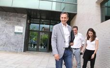 César Sánchez se muestra «tranquilo y con confianza en la justicia» tras declarar por un presunto delito de malversación y coacción