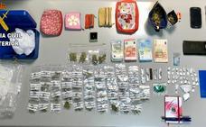 La Guardia Civil desmantela un punto de venta de droga cerca de una escuela infantil de Albal