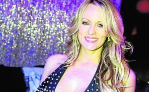 La actriz porno Stormy Daniels, que denunció a Trump, detenida por dejarse tocar en un 'striptease'