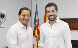 El Valencia muestra su sintonía con Albelda