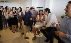 El PP valenciano se vuelca con Santamaría en la recta final de campaña