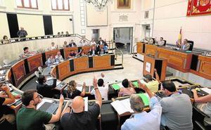 Sánchez: «Un acuerdo histórico para repartir 25 millones en la provincia»