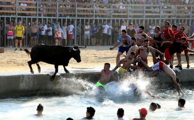 Un herido en la última sesión de bous a la mar de Dénia