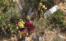 Rescatan en helicóptero a un excursionista en El Montgó con un golpe de calor