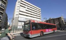 La Federación de Vecinos de Valencia califica de «fiasco» el dispositivo que puso la EMT y metro para ver el piromusical de La Marina