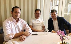 Cumbre de Murthy, Alemany y Peter Lim en Turín