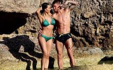 Sergio Ramos y Pilar Rubio se tuestan al sol