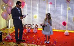 La falla Telefónica nombra a Nerea Porcar fallera mayor infantil de 2019