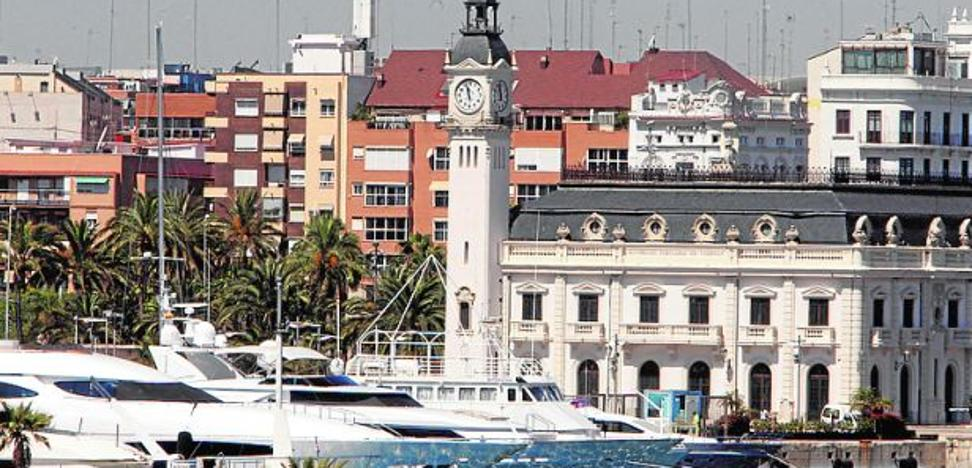 Los hoteles alertan del uso de yates como alojamiento en Valencia