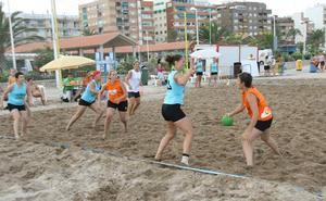 El balonmano playa llega a Las Arenas de Valencia