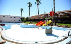 Los obstáculos de las piscinas municipales