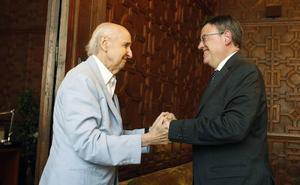 Ximo Puig ratifica a Santiago Grisolía al frente del CVC, que preside desde hace 22 años