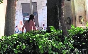 Peleas entre indigentes frente a la Catedral de Valencia