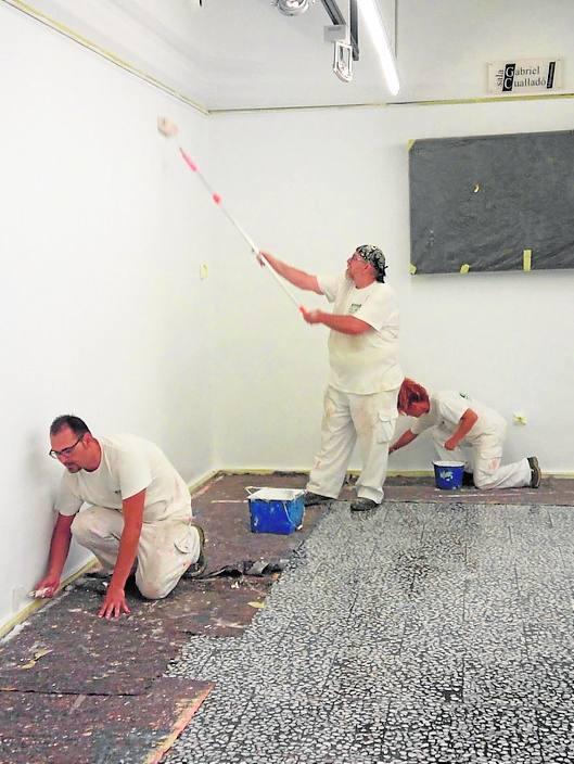 La brigada de obras realiza actuaciones en diferentes espacios