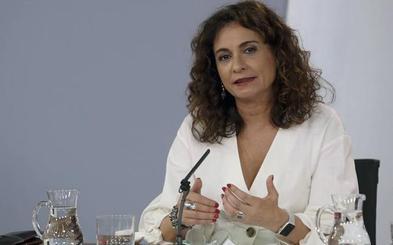 El Gobierno advierte que habrá un «ajuste» fiscal si se rechaza la senda de déficit en las Cortes