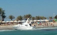 Encallan tres embarcaciones en la playa de Tabarca por el fuerte viento