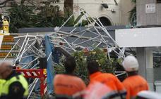 Rescatan a un operario tras sufrir una caída en el techo de un centro comercial alicantino