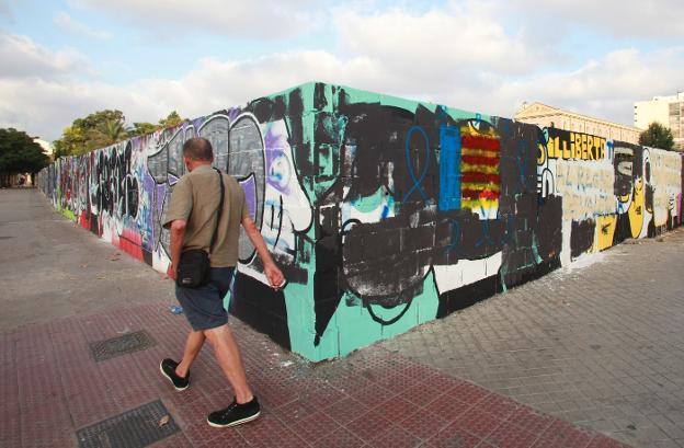 El Ayuntamiento de Valencia rechaza debatir en el pleno la retirada del mural contra la sentencia de Alsasua