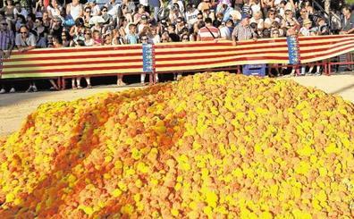 De dónde son los clavellones que se lanzan en la Batalla de Flores de Valencia