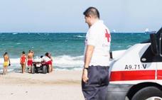Hallan a un hombre de 68 años ahogado en una playa de Torrevieja