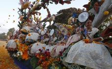 Valencia se tiñe de flores