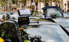 Fomento cederá a las regiones la concesión de licencias de Uber y Cabify para calmar al taxi