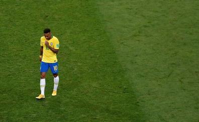 La madre de Neymar sale en defensa de su hijo tras su polémico anuncio