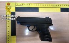 Detenido por intentar robar en una tienda de Paiporta con una pistola simulada