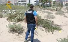 Detenido un hombre por el intento de violación de una mujer en una playa de Cullera