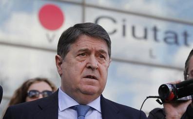 La Audiencia procesa a Olivas por un «desfalco» de 750 millones a Bancaja y Banco de Valencia