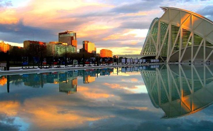 ¿Qué tipos de turistas visitan Valencia?