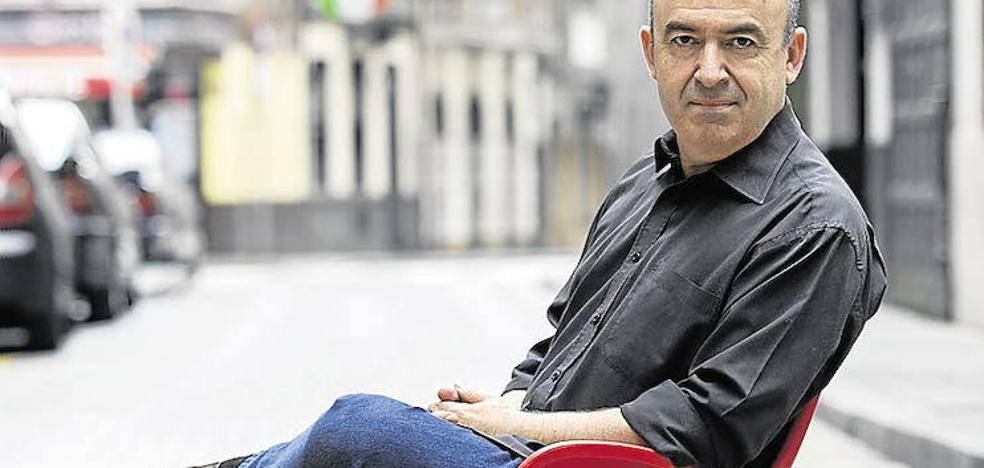 Lorenzo Silva: «La universidad me decepcionó por culpa de 'Retorno a Brideshead'»