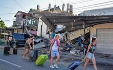 Decenas de españoles intentan salir de Lombok tras el terremoto