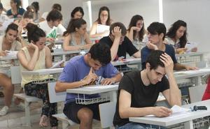 El 83% de los jóvenes españoles ha compatibilizado su grado con algún trabajo