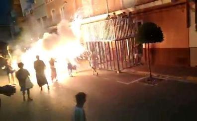 Una explosión de cohetes provoca heridas en 14 vecinos de Simat