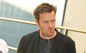 Matthew Perry, Chandler en 'Friends', ingresado de urgencia
