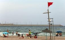 Reabierta la playa de Pinedo tras más de día y medio cerrada por vertidos de aguas residuales
