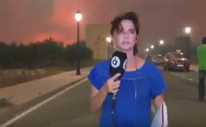 Desalojan a una reportera de À Punt en un directo sobre el incendio