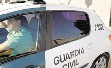Detenido un menor en Carcaixent por incendiar la casa de sus familiares para matarlos