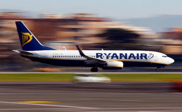 Un piloto de Ryanair se suicidó en el aeropuerto de Málaga hace una semana