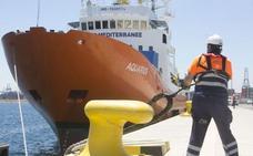 El 'Aquarius' rescata a 141 personas frente a las costas de Libia