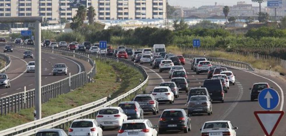 Más de la mitad de los viajes entre Valencia y l'Horta se hacen en coche