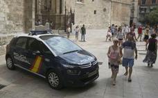 La Policia Nacional detiene en Valencia a dos mujeres tras falsificar pagarés por valor de 19.950 euros