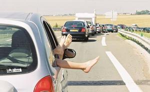 La mejor forma de refrescar tu coche: ¿Aire acondicionado o bajar las ventanillas?